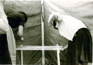 44 EMP Lagerlizenzkurs Ostern 1959, Tisch ohne Nägel bauen