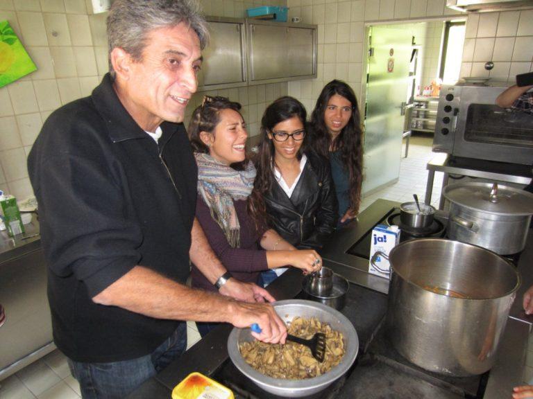 Fluchtlingstreffen_kochen