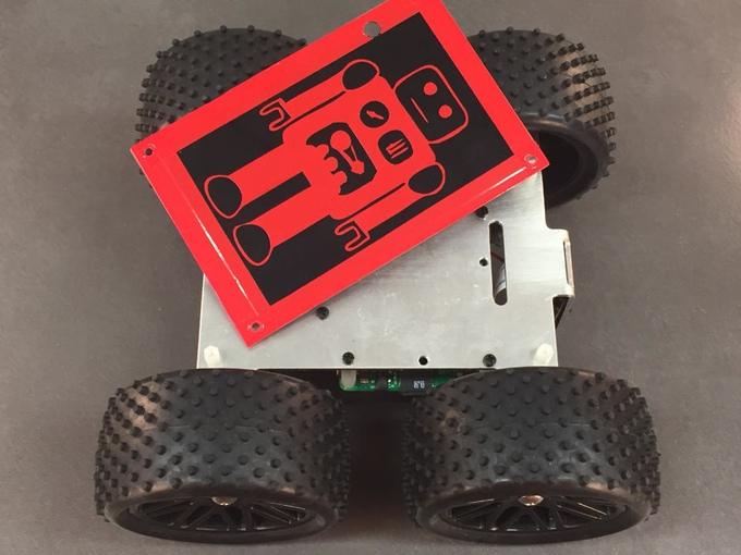 Der Robot mit dem YetiLid um das Team zu identifizieren