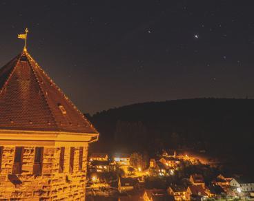 Burg-Rieneck bei Nacht