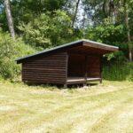 neu geölte Schutzhütte